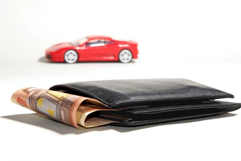 Pożyczka pod zastaw samochodu czy leasing? Zanim podejmiesz decyzję, sprawdź warunki finansowania